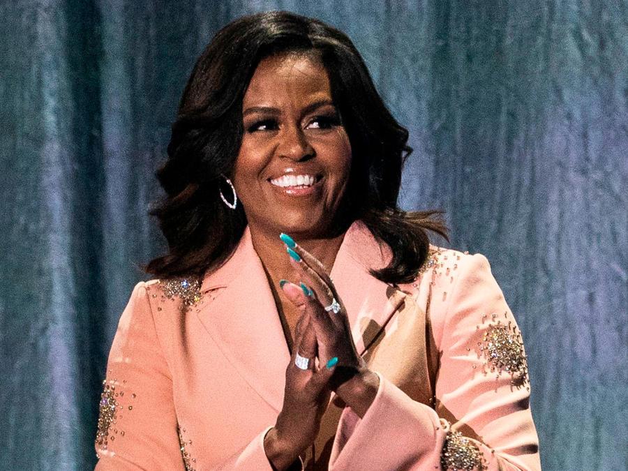 """Michelle Obama en el Royal Arena de Copenhague en la gira para promocionar sus memorias """"Becoming"""""""