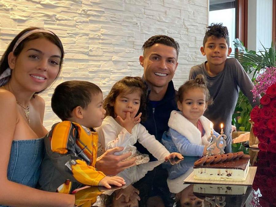 Cristiano Ronaldo y familia