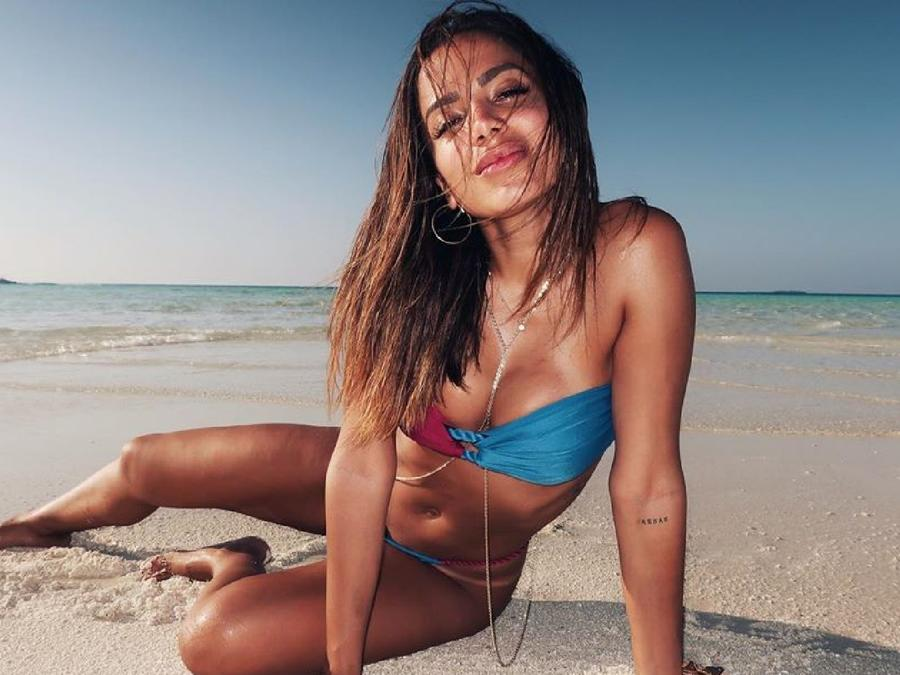 Anitta en las Maldivas