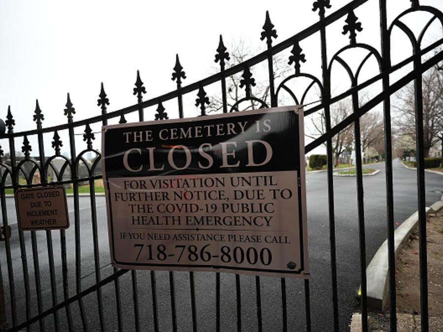 La pandemia ha restringido el acceso a los cementerios