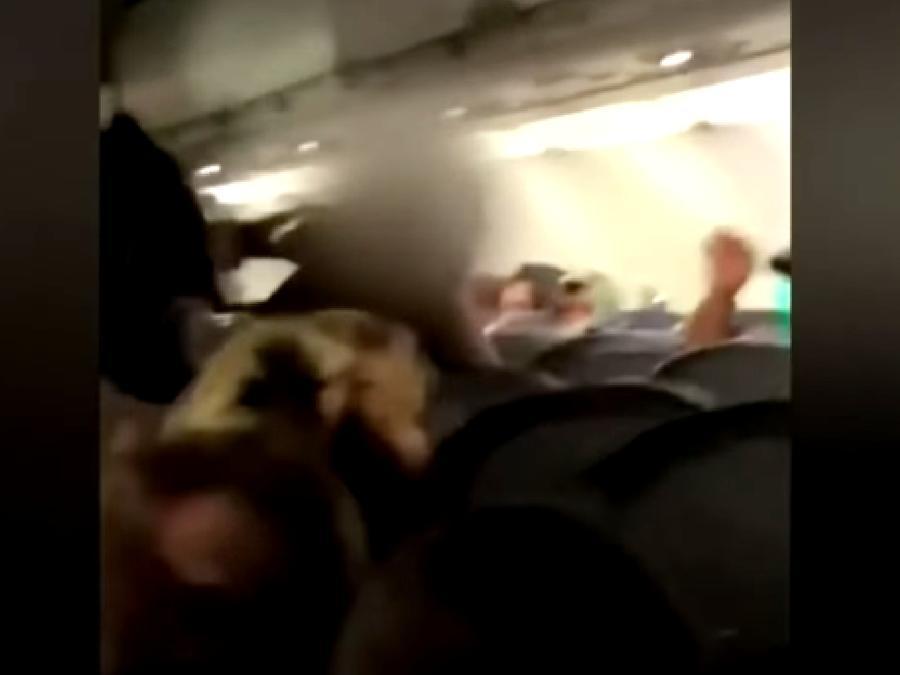 Pelea avion