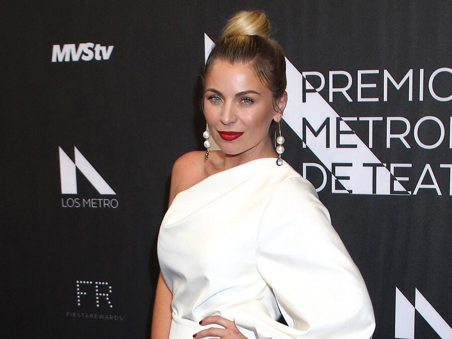 Ludwika Paleta en la alfombra roja de los Premios Metropolitanos de Teatro, México, 2019