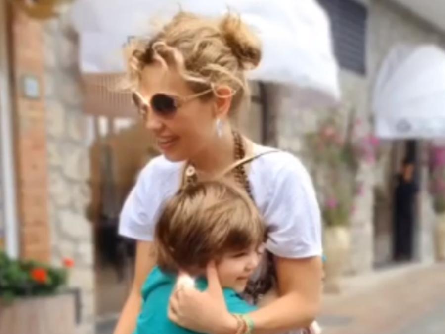 Thalía con su hijo Matthew Alejandro