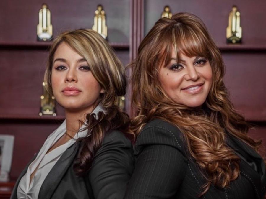 Chiquis Rivera y Jenni Rivera