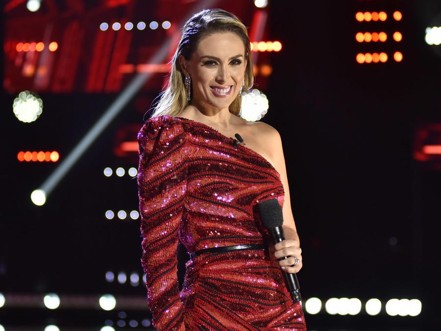 Jacqueline Bracamontes en la semifinal de La Voz US 2