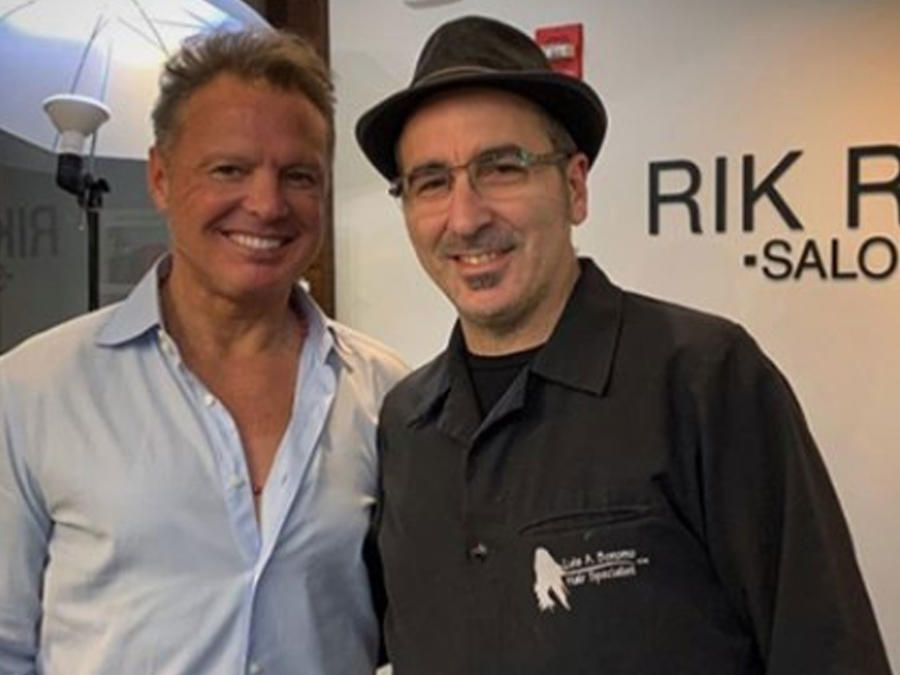 Luis Miguel con su estilista Luis Bonomo