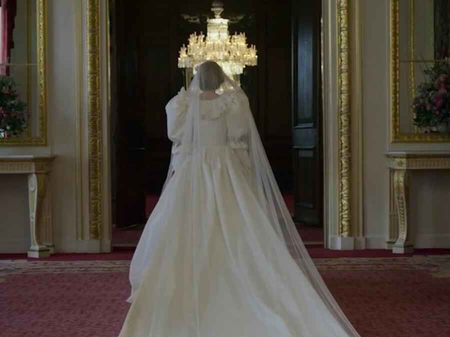 """La princesa Diana con su vestido de novia en el tráiler de """"The Crown"""", temporada 4"""