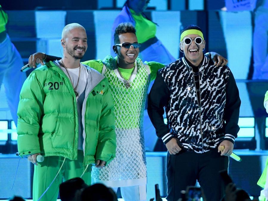 Telemundo & Billboard anuncian la nueva fecha y lugar de los Premios Billboard