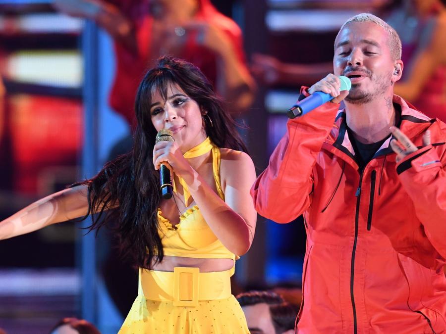 Camila Cabello y J Balvin