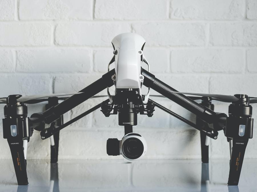Drone con escopeta