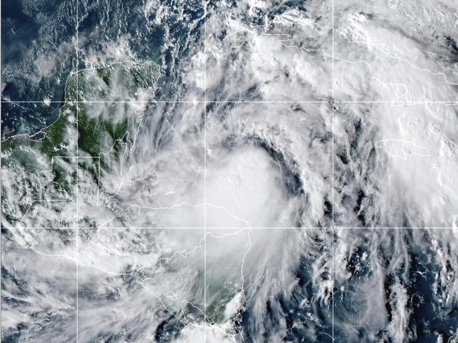 Tormenta tropical Zeta.