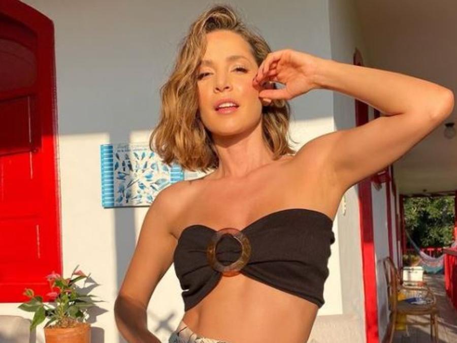 Carmen Villalobos posando muy sexy en Colombia