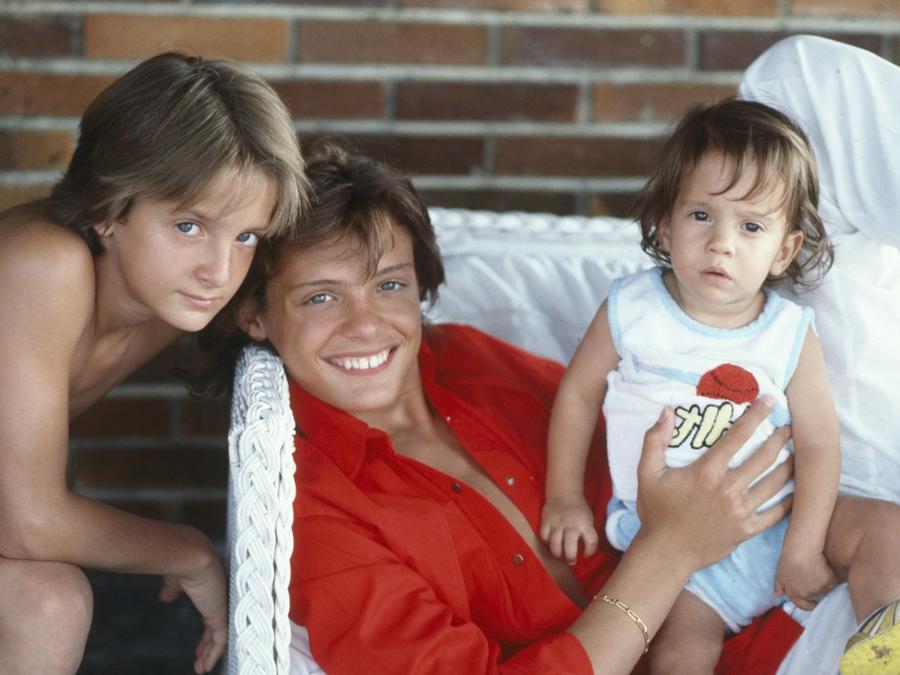 Luis Miguel y sus hermanos
