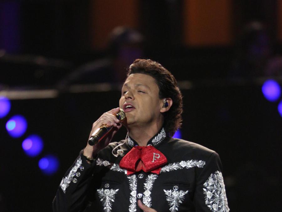 Pedro Fernández en la semifinal de La Voz Kids