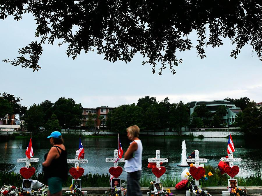 Homenaje a víctimas de la masacre de Orlando