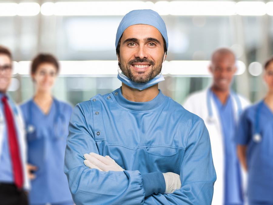 Equipo de médicos
