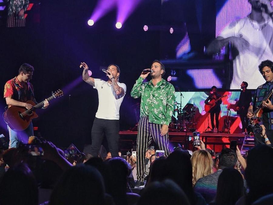 Maluma y Ricky Martin foto de instagram blanca y negra