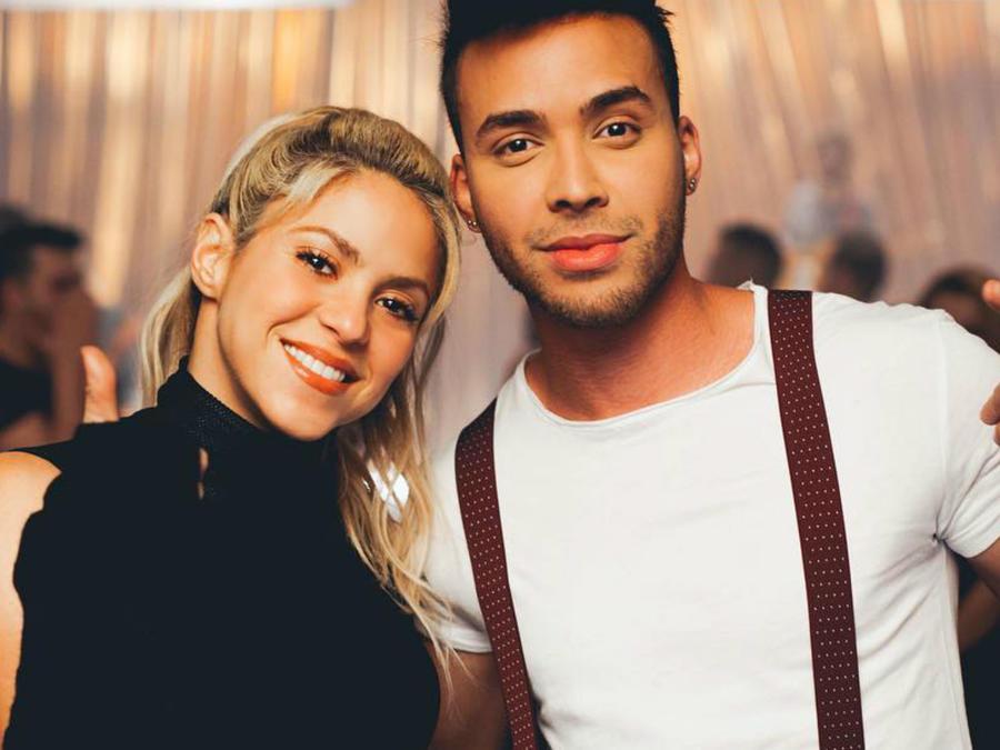 """Shakira y Prince Royce grabando el video para """"Deja Vu""""."""