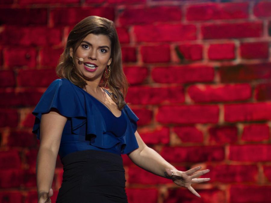 Comediante Liz Pereira
