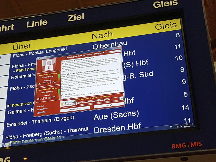 En la imagen, una pantalla muestra el mensaje de advertencia de un supuesto ciberataque, en una imagen de pantalla tomada por un usuario en Taiwán y vista a través de un laptop en Beijing, el sábado 13 de mayo de 2017.