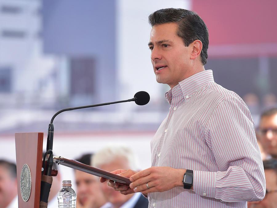 """PEÑA NIETO NIEGA """"CATEGÓRICAMENTE"""" ESPIONAJE A COMUNICADORES Y ACTIVISTAS"""