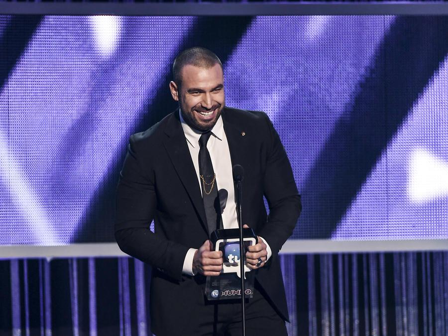 Rafael Amaya ganador en Premios Tu Mundo 2017.