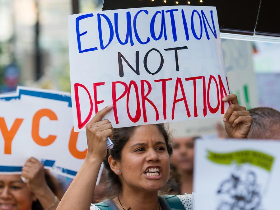 daca17-education-not-deportation