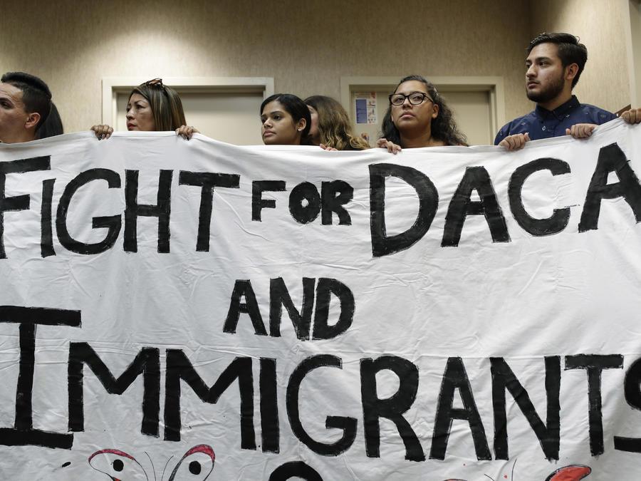 California renueva su compromiso con los inmigrantes