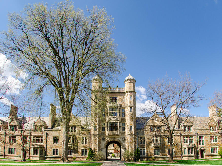 Universidad de Michigan