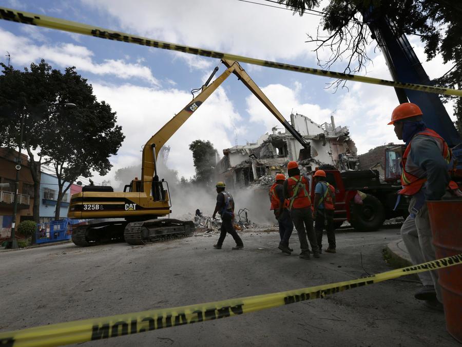 Reconstrucción tras terremoto en México