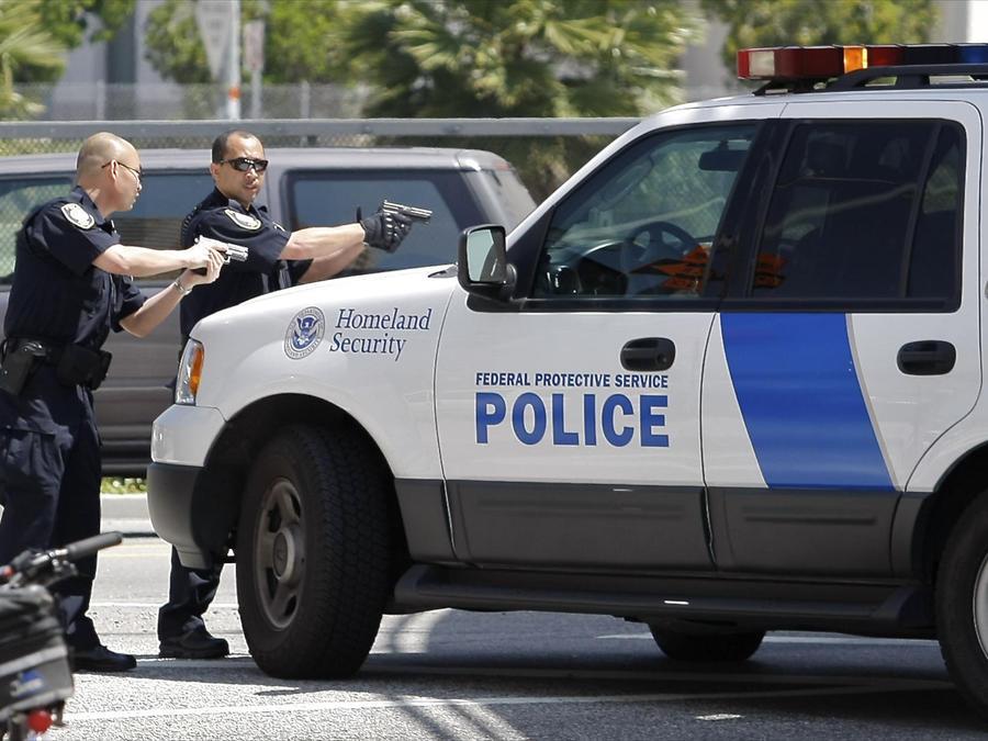 Agentes de Seguridad Nacional del Servicio Federal de Protección.
