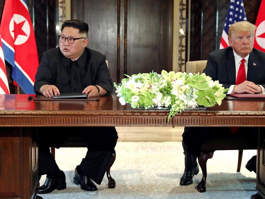 NBC News ha sabido que China ha reabierto el comercio legal e ilegal con Corea del Norte, burlando las sanciones mediante la compra de carbón de Corea del Norte.