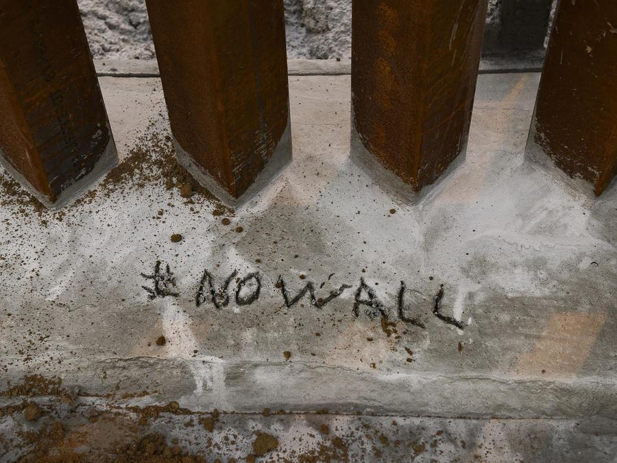 Un fragmento del muro fronterizo que ya existe en la ciudad de Tijuana