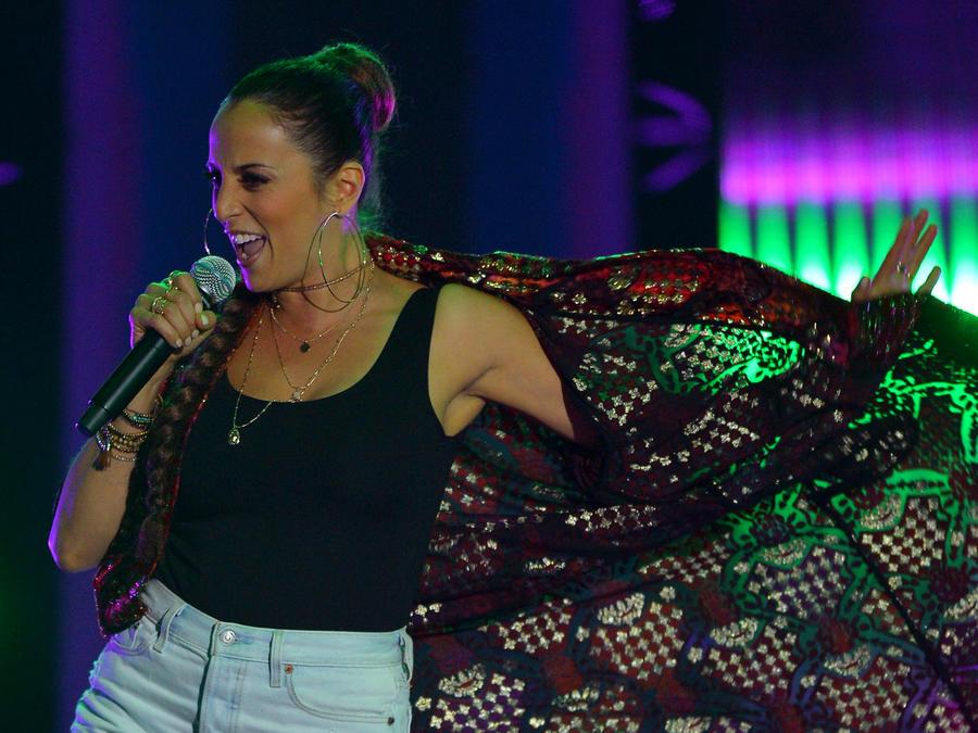 Mayre Martinez canta en La Voz