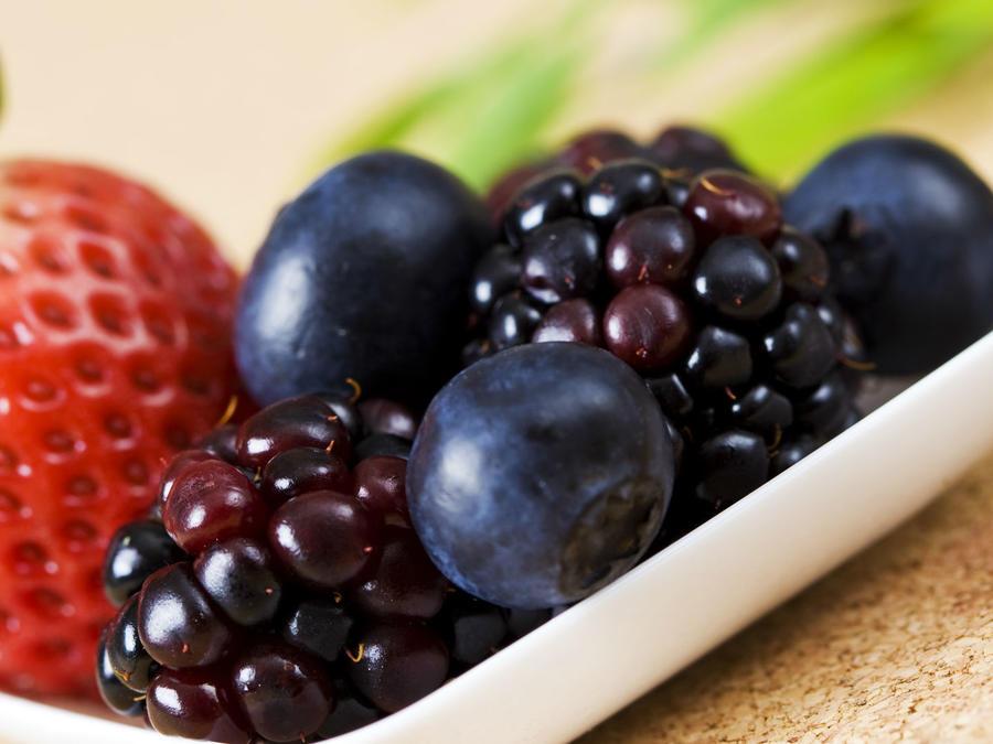 Arándanos, moras y fresas