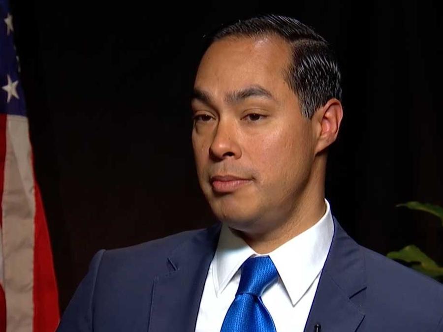 El precandidato demócrata a la presidencia Julián Castro en entrevista con Noticias Telemundo