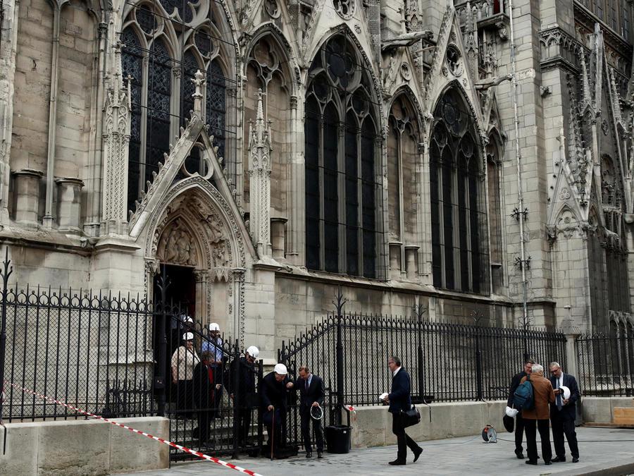 Primera misa en Notre Dame hoy tras incendio