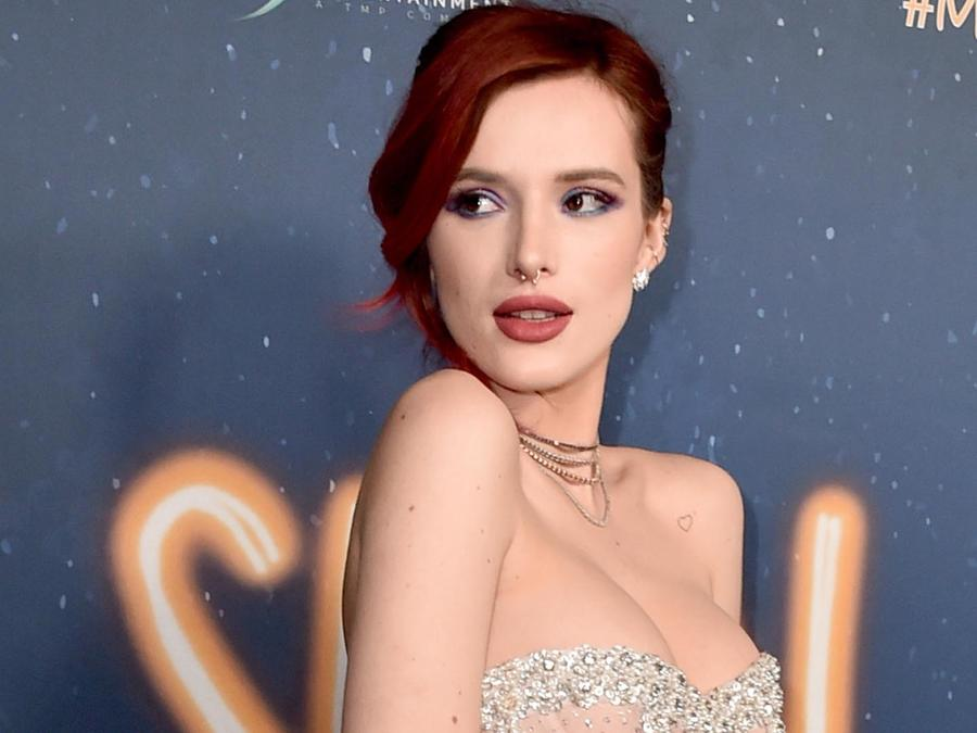 "Bella Thorne en la Premiere de ""Midnight Sun"""