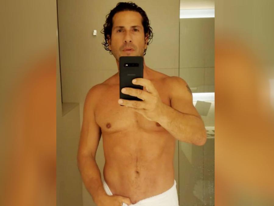 Gregorio Pernía selfie