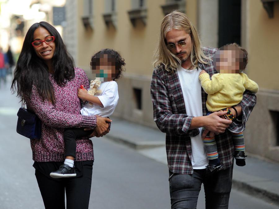 Zoe Saldaña con su esposo Marco Perego e hijos