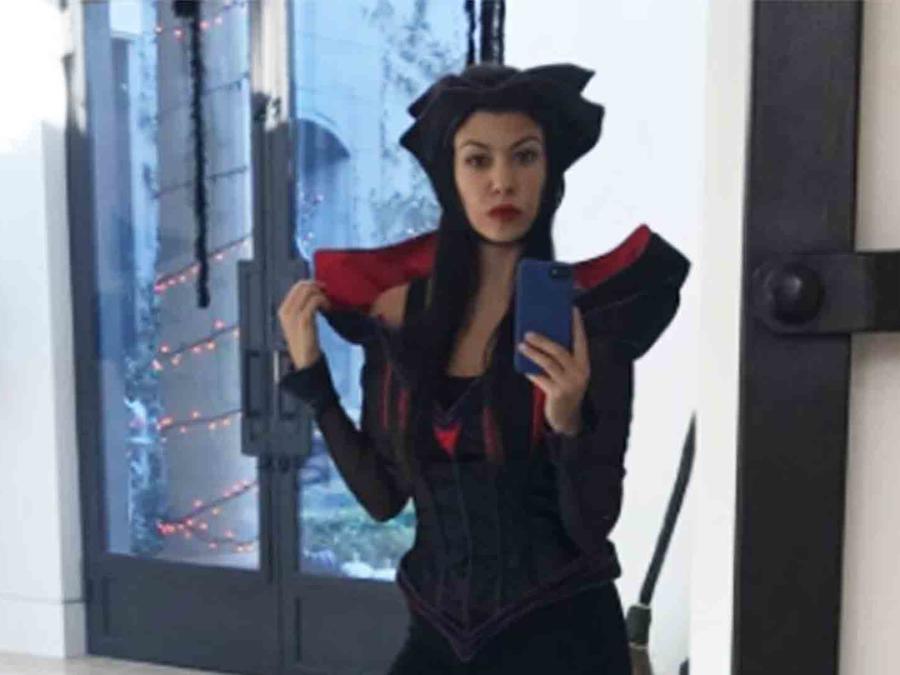 Kourtney Kardashian disfrazada