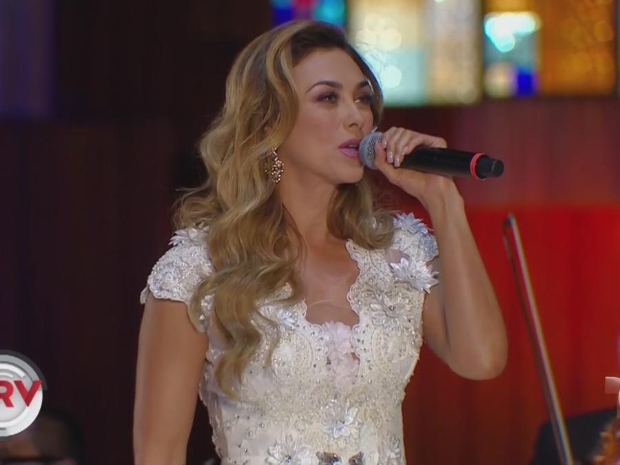 aracely arambula cantando