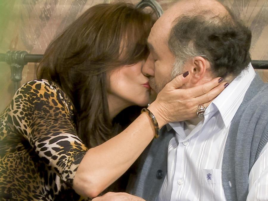 Rebecca Jones y Odiseo Bichir en La Doña