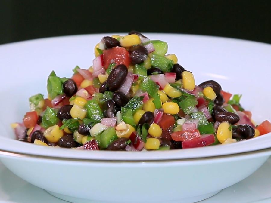 Abajo el colesterol: receta de ensalada de frijoles negros