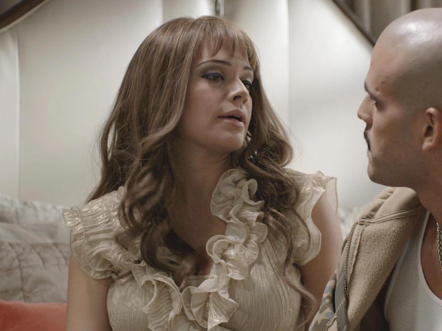 Angelica Celaya y Christopher Millán en Mariposa de Barrio