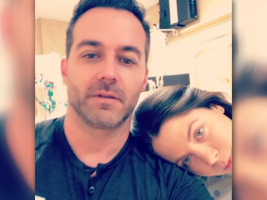 Jay Adkins con Ximena Duque