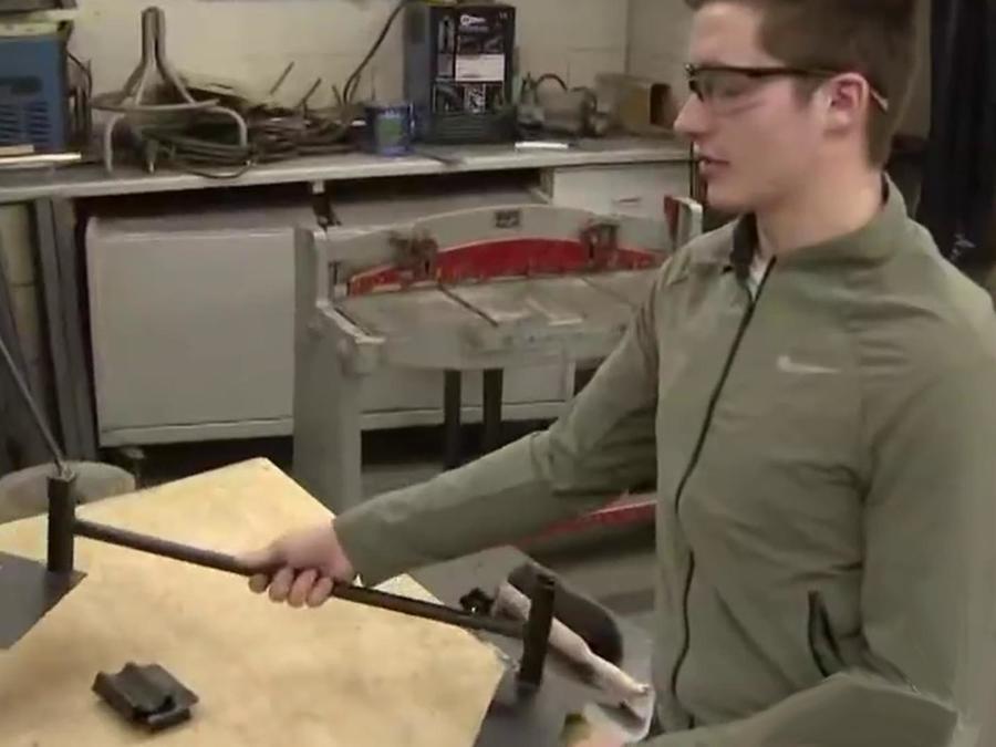 Crearon dispositivo para proteger a los alumnos en tiroteos