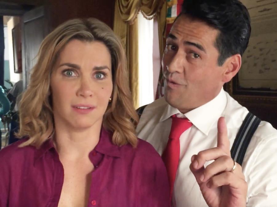 Gabriel Porras y Gabriela Vergara en Al Otro Lado Del Muro