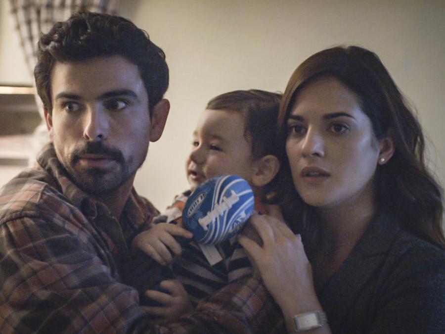 Jorge Luis Morenos y Sabrina Seara en Mi Familia Perfecta