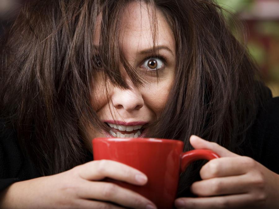 5 efectos negativos de beber demasiado café